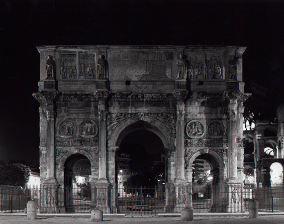 """from Las Vegas to Rome, #12"", 2003, C-print, 105 x 126 cm"