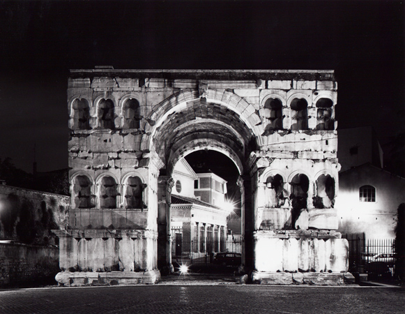 """from Las Vegas to Rome, #13"", 2003, C-print, 105 x 126 cm"
