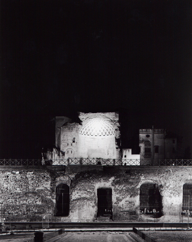 """from Las Vegas to Rome, #18"", 2003, C-print, 126 x 105 cm"
